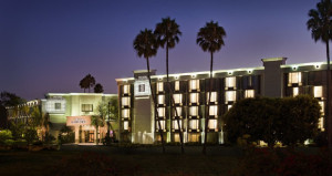Crowne Plaza Opens in Costa Mesa