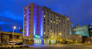 Holiday Inn Express Opens in Philadelphia