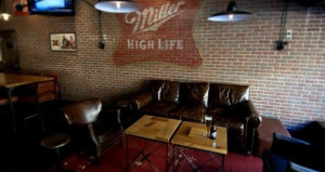 Marcus Hotels and Resorts Enhances Miller Time Restaurant Concept