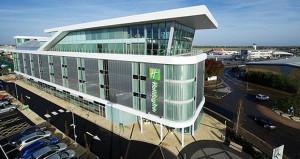 Interstate Hotels & Resorts Acquires Chardon Management