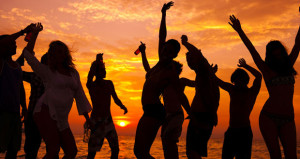 5 Factors to Consider When Courting Spring Breakers