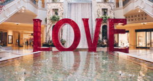 Venetian Las Vegas Displays 'Love' Art Installation