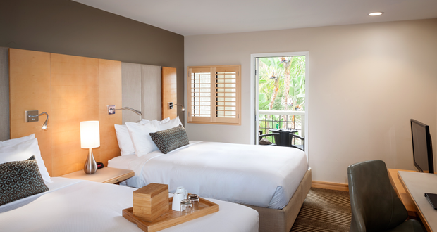 IHG Opens Avalon, Calif., Holiday Inn