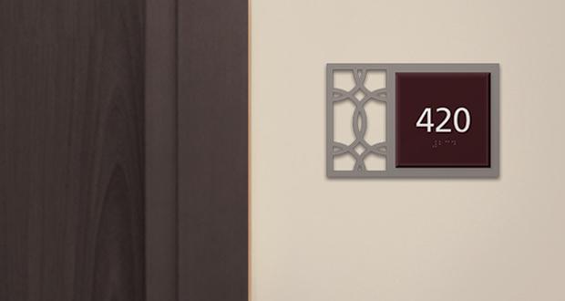 HOTELSIGNS.com Announces 420 Sign Promotion