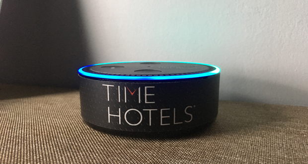 Hotels Adopt AI with Caution