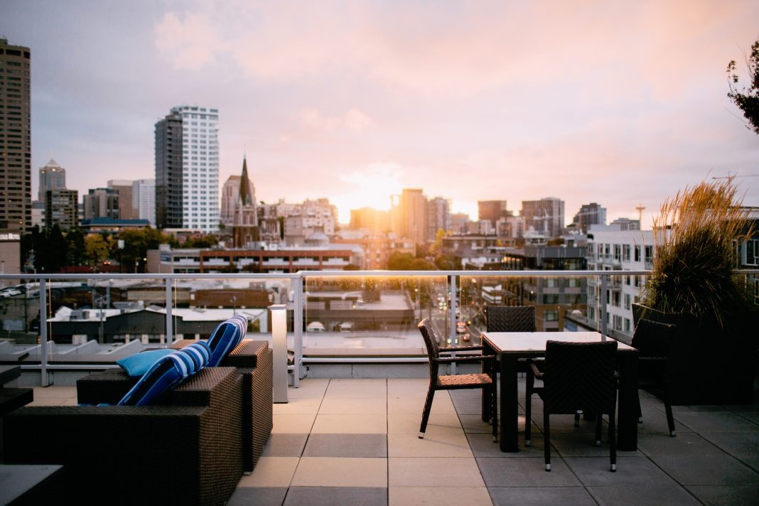 Making the Most of Rooftop Bars Year-Round