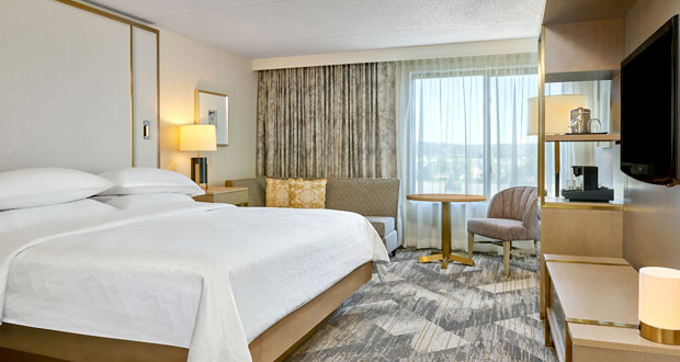 Sheraton Portland Airport hotel guestroom