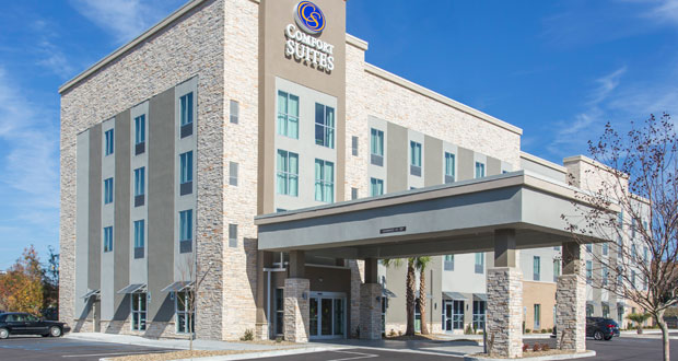Comfort Suites Opens in North Charleston