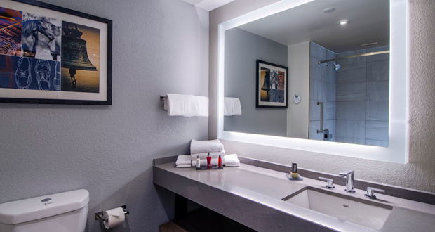 Marriott Winston Salem guest bathroom