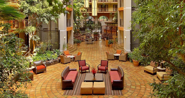 Aksarben Suites, A Trademark Collection Hotel