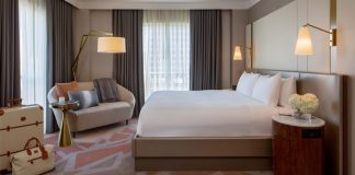 Hotel Crescent Court Suite Bedroom