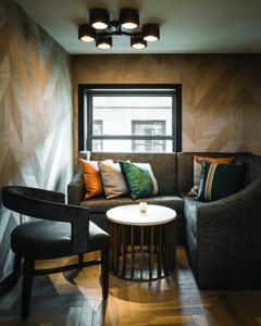 LondonHouse Indoor Bar