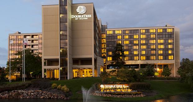 CBRE Hotels arranges sale of DoubleTree Oak Brook