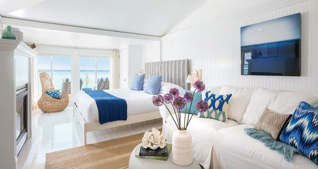 Lark Hotels - guestroom at Blue