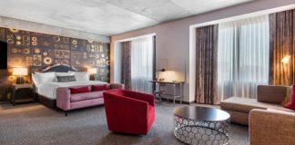 Cambria Hotel Downtown Nashville guestroom