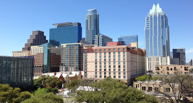 Austin, Texas skyline - HotStats reports the full-service hotel performance for Austin, Texas in March 2018