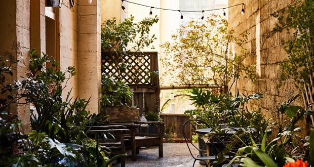 Petit Auberge Terrace