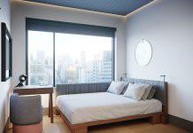 Hilton Motto Queen Bed