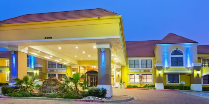 Holiday Express Inn & Suites Dallas-Fort Worth Airport North - now managed by NewcrestImage