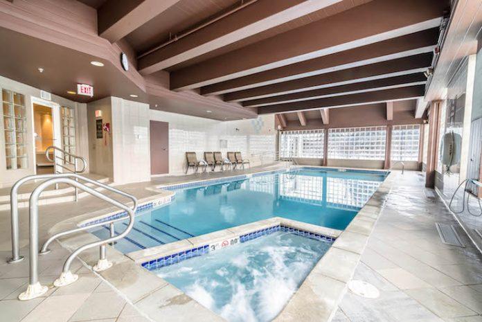 Comfort Inn Concord, N.H., pool