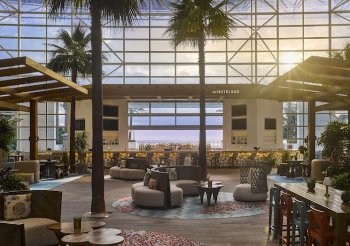 Removing a row of fountains created room for intimate, cabana-style seating in the atrium of the Diplomat Beach Resort in Hollywood, Florida. (photo Will Pryce, courtesy LEO A DALY)