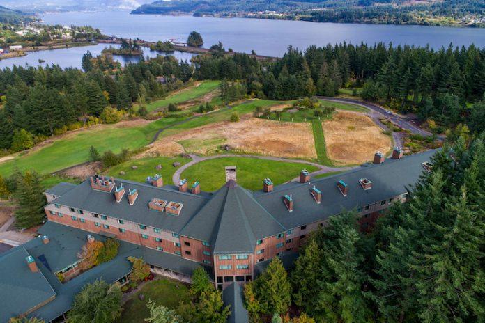 Skamania Lodge in Washington — management agreements