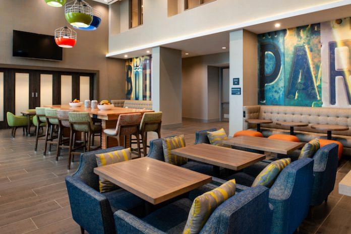 Hampton Inn and Suites in Buena Park, California