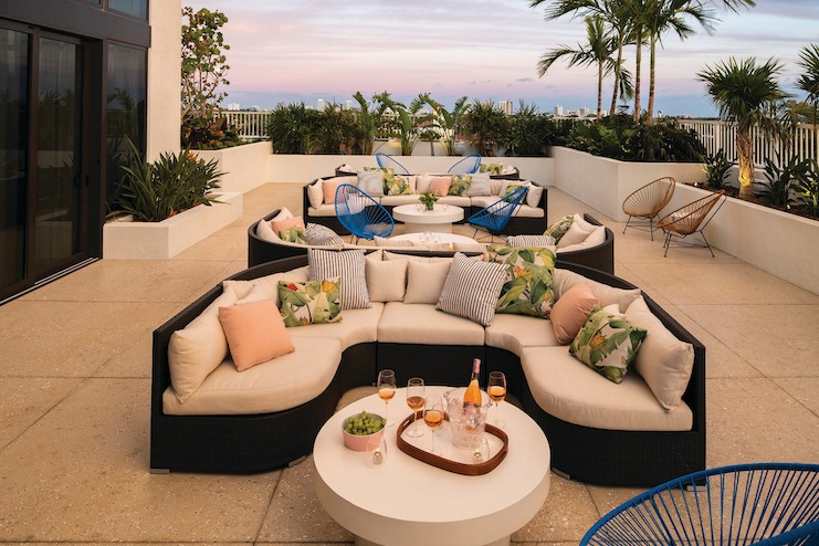 The Dalmar Outdoor Seating Lounge