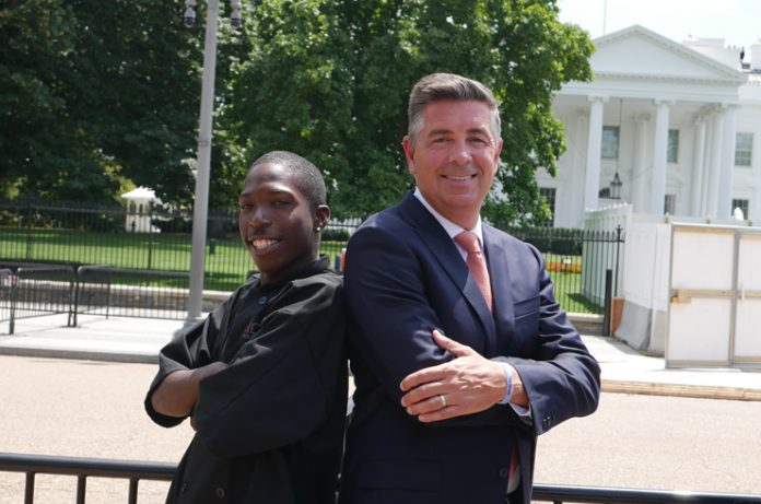 Johnny Brummit and Chip Rogers outside the White House. — Pledge to America's Workers