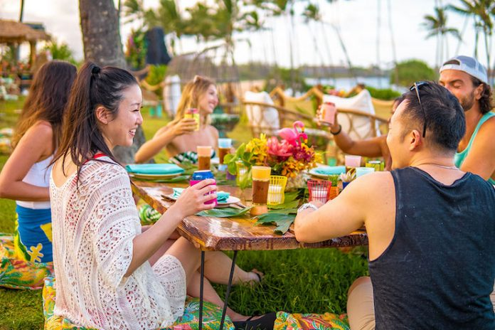 Mamahune's Tiki Bar & Restaurant at the Hilton Garden Inn Wailua Bay Kauai