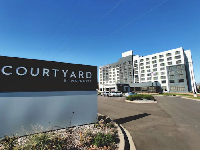 Courtyard by Marriott Edina Bloomington - Hawkeye Hotels