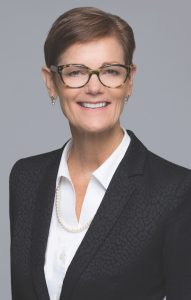 Kelly Hoen