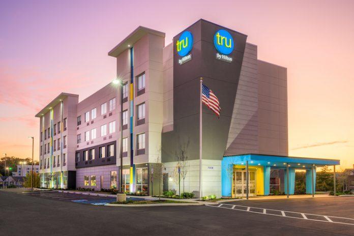 Tru by Hilton Chattanooga