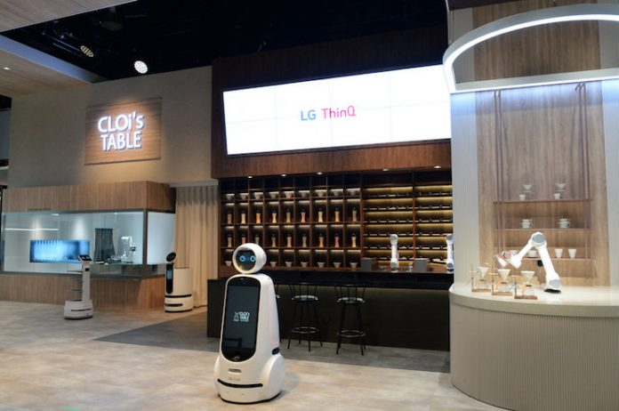 """At CES 2020, LG Electronics (LG) President and Chief Technology Officer Dr. I.P. Park unveiled the framework for the future of artificial intelligence (AI) development with the title of """"Levels of AI Experience: the Future of AI and the Human Experience""""."""