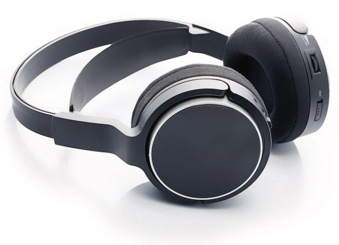 Noise-cancelling headphones — sensory-friendly hotels