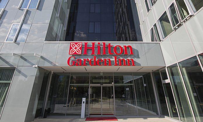 Hilton Garden Inn - Garden Grille & Bar