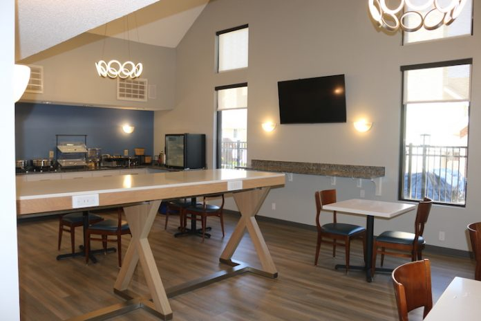 SureStay Studio by Best Western Charlotte Executive Park