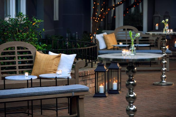 Secret garden outdoor seating at Kimpton Brice Hotel, Savannah, Ga. (Photo credit: Cris Molina)