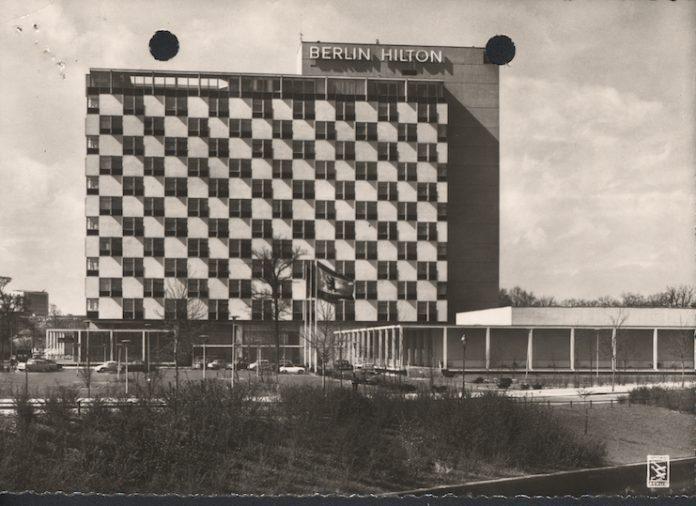 Curt Strand — Berlin Hilton