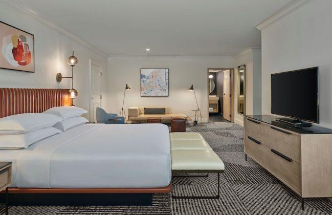 Sheraton Denver Downtown Vice Presidential bedroom