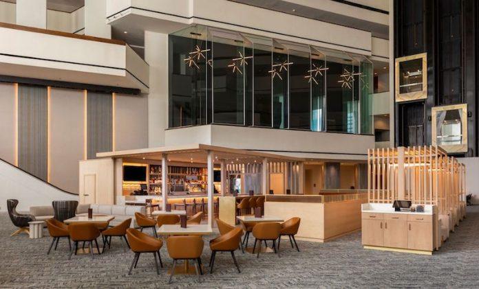 Hyatt Regency Houston Lobby