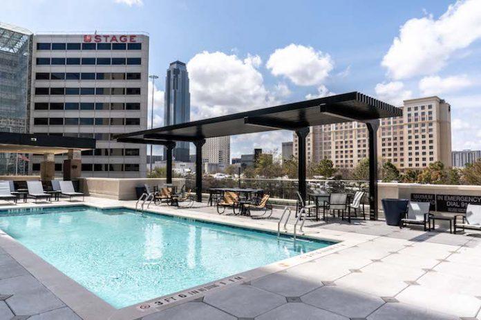 Holiday Inn Express Houston and Staybridge Suites Houston – Galleria Area Photo (Courtesy of Michael Anthony)