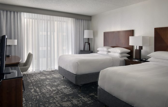 Marriott Park Ridge Guestroom